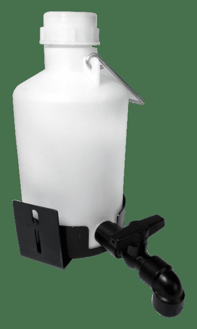 http://www.psgsuprimentos.com.br/view/_upload/produto/100/15687224621560450326psg23025-garrafa-de-agua-com-suporte-gto-_1_.png